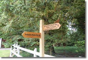 new Wolds Way signpost