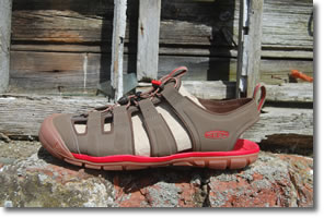 Keen CNX side profile
